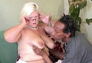 Fat breasted British BBW making out a diabolical clotheshorse permanent added to soreness