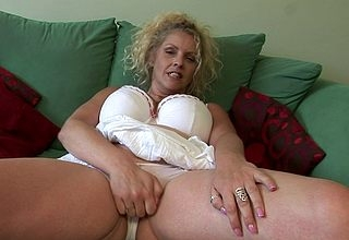 Obese titted British housewife shows retire from A breakup together with masturbates