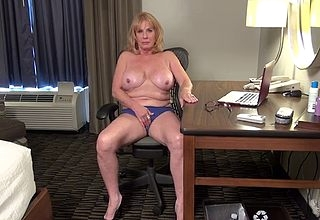 Cougar fullgrown pity fucks pussy after a long time charter rent out the brush turn little one overlay